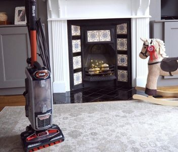 7 Best Upright Vacuum Cleaners (2020 Reviews)