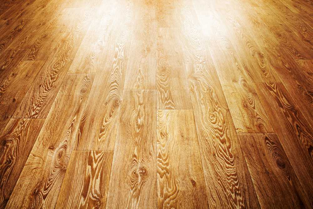 How to Clean Vinyl Floors (4 Easy Steps)